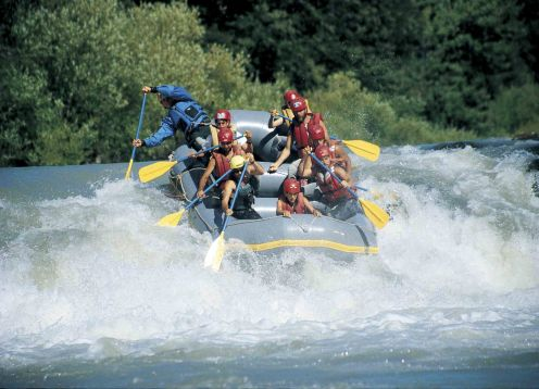 RAFTING TRANCURA ALTA. Pucon, CHILE