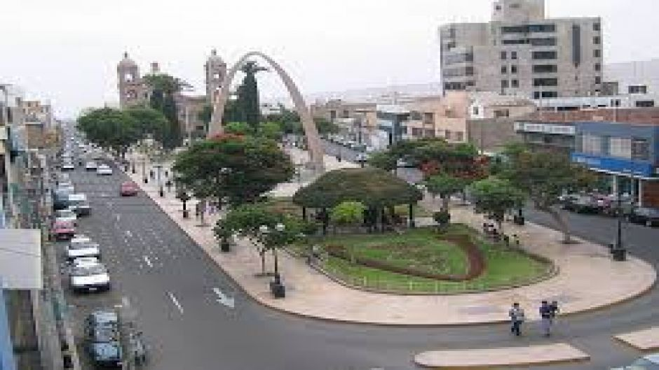 CITY TOUR TACNA, PERU - Arica, Chile